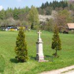 Pomník v obci Uhlíře nedaleko Lázně Bělohradu
