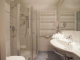 Hotel Latini Zell am See - koupelna