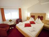 Hotel Latini Zell am See - pokoj Alpenrose