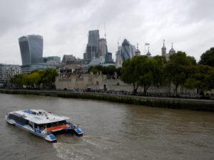 Londýn a jihovýchodní Anglie - pohled z Tower Bridge