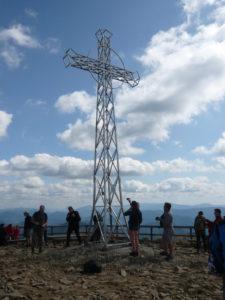 kříž na vrcholu Tarnica (1346 m)