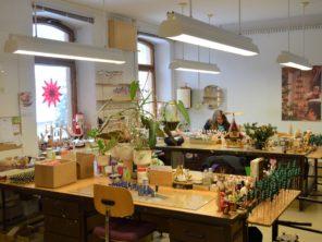 14. Výroba dřevěných hraček v Seiffenu