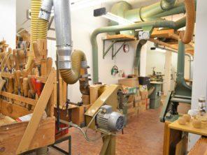 20. Tradiční výroba dřevěných hraček