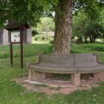 Borek - Raisův pohov (kamenná lavice)