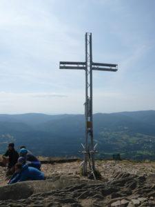 kříž na vrcholu Smerek (1222 m)