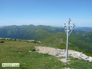 Pohled na naši hřebenovou cestu po pohoří Černá Hora