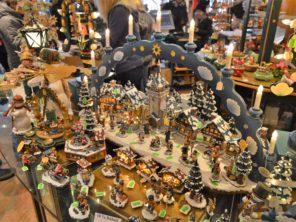 24. Prodejna vánočních dekorací