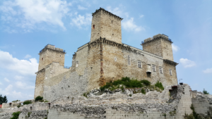 Hrad v Egeru