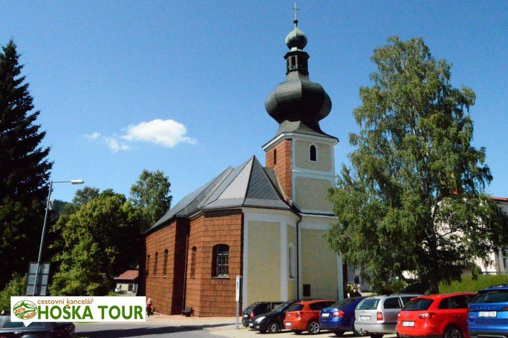 Kostel ve Srní