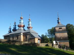 pravoslavný kostel se zvonicí v Komańcza