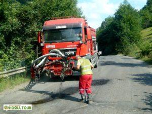 Oprava děr na silnici