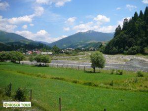 Příjezd ke Koločavě, vrch Strimba