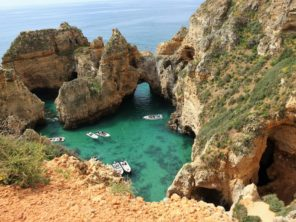 Algarve - skalní útesy