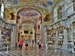 Knihovna kláštera v Admontu