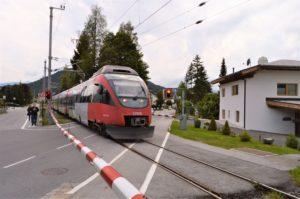 Turistika v okolí Zugspitze - vlak v Seefeldu