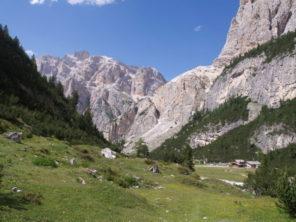 Turistika v Dolomitech