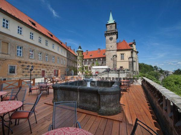 EA Zámecký hotel Hrubá Skála - Český ráj
