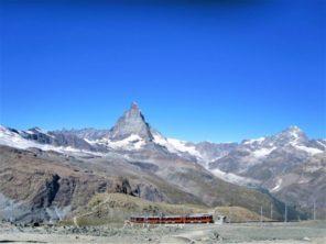 Vlak na Gornergrat a Matterhorn