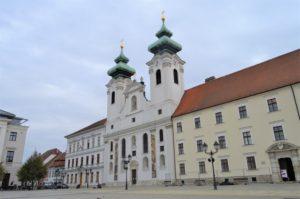 Győr - klášter s kostelem sv. Ignáce z Loyoly