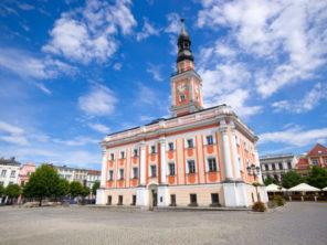 Radnice ve městě Leszno