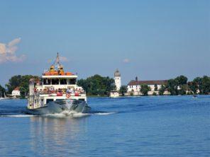 Lodě na jezeřeChiemsee