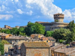 Města Volterra