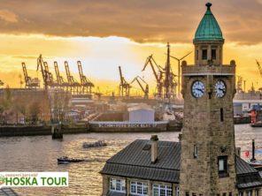 Poznávací zájezd do Hamburku - Navigační věž u přístavu