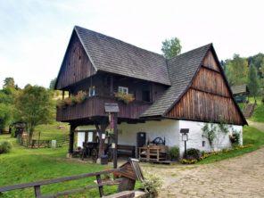 Pstrazna - skanzen lidové kultury Sudetských vrchů