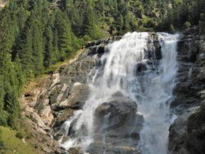 Svět křišťálových vodopádů