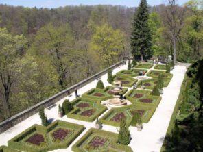 Terasy zámku Ksiáž