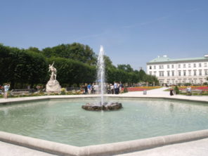 Zahrada zámku Mirabell v Salcburku