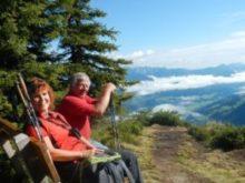 Odpočinek na lavičce v okolí chaty Krummholz Hütte