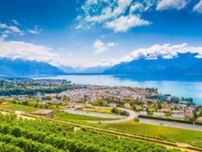 Město Vevey na břehu Ženevského jezera