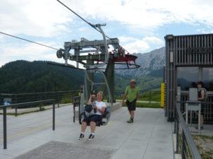 jednosedadlovou sedačkovou lanovkou Kaiserlift Kufstein