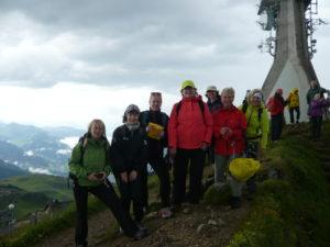 účastnice na vrcholu u vysílače