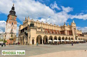 Náměstí Rynek Glówny v Krakově - poznávací zájezdy do Polska