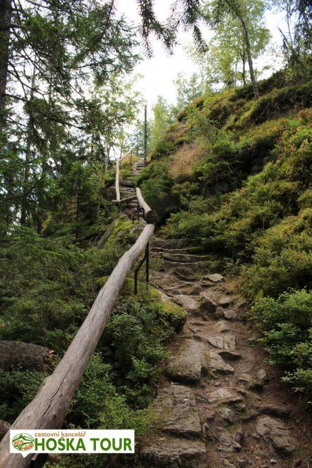 Vintířova skála na Březníku - cesta